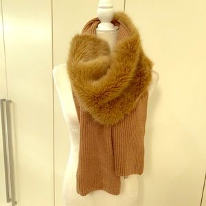 Accessories - Wool and faux fur scarf. Warm and stylish!